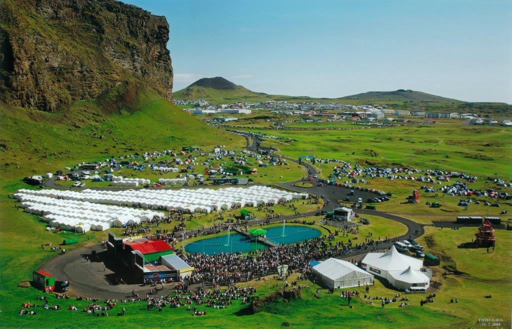 Tjöld-á-þjóðhátíð-banner